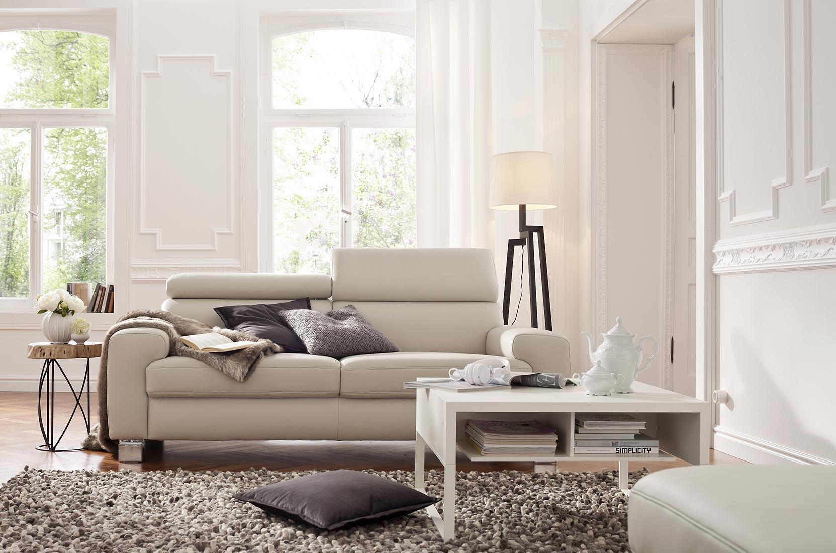 Einzigartig Möbel Röthing Beste Wahl Ein Schlichtes Weißes Ledersofa Macht Sich Gut